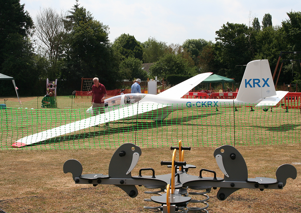Glider at Ridgewell fete