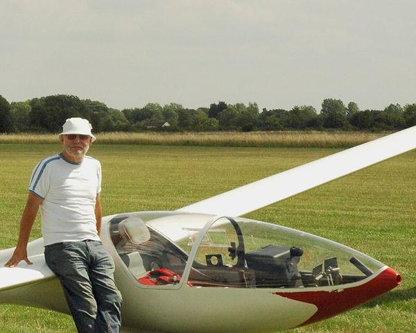 Dave Clarke - Basic Gliding Instructor