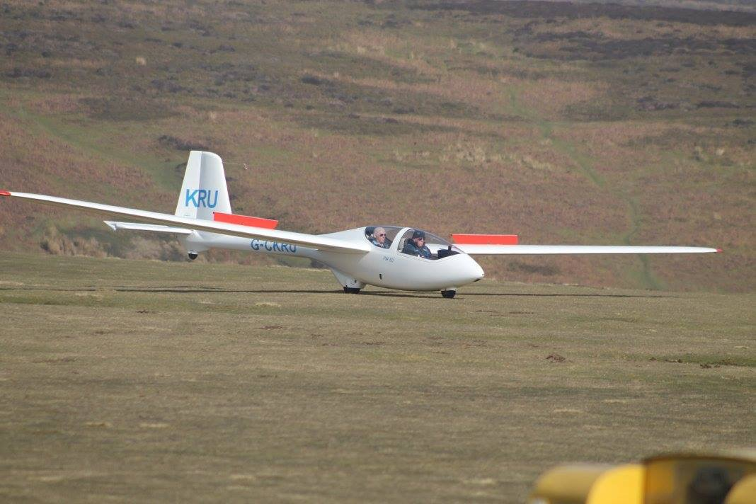 PW6 landing at Long Mynd 2016