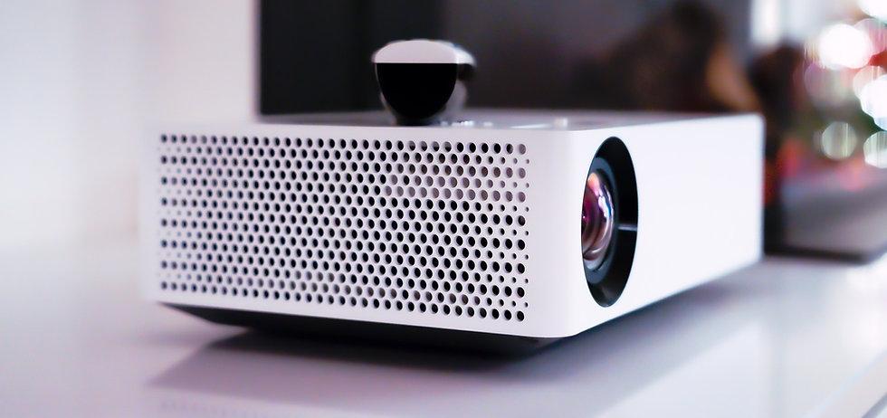 Opravený projektor.jpg