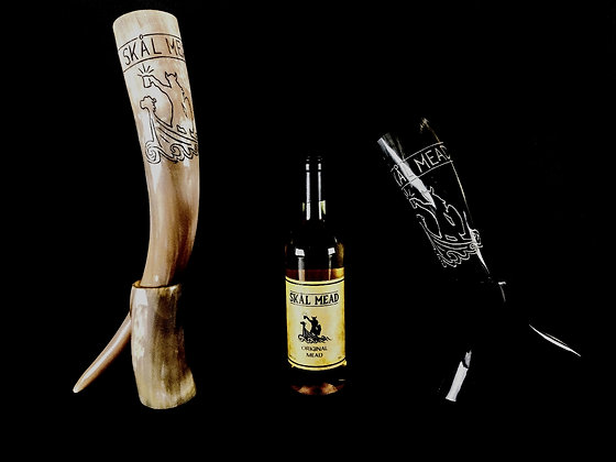 Engraved Drinking Horns