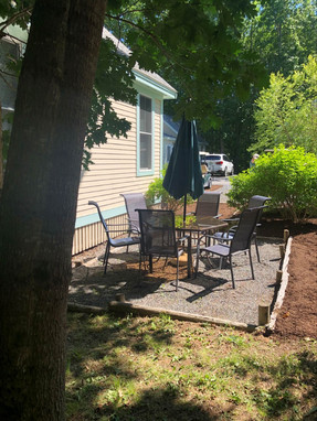 111 outdoor sitting area.jpg