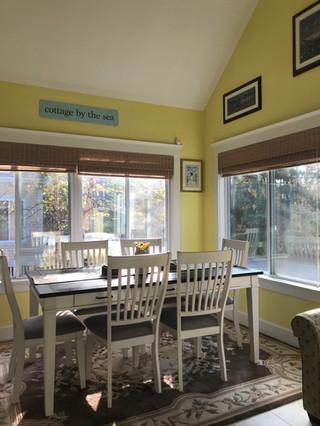 Porch.dining room.JPG