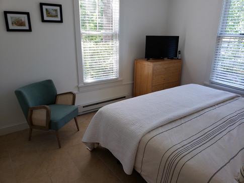 150 - Master Bedroom 2.jpg