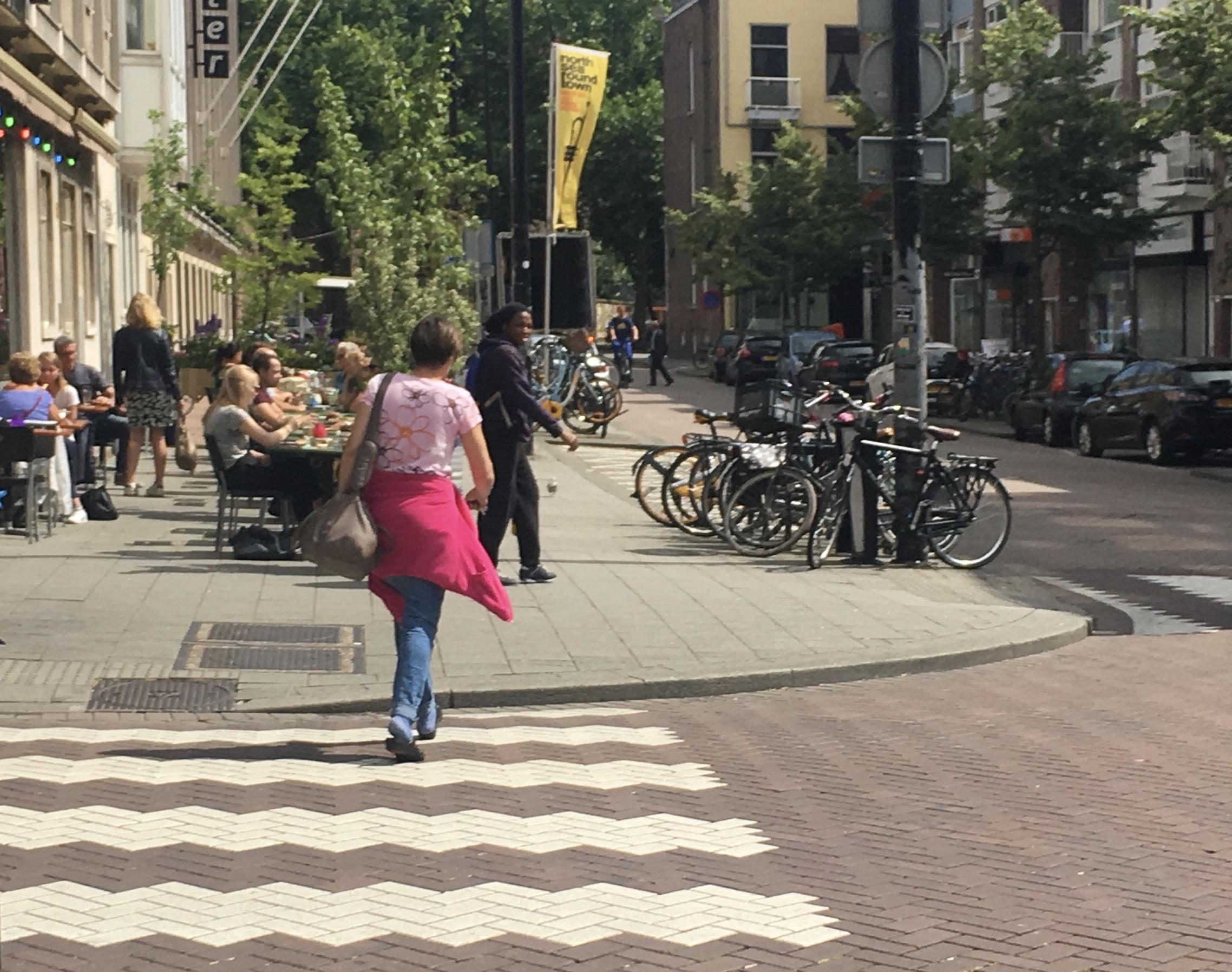 Rotterdam Crossings in happy streets
