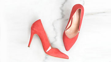 House of Spring Red Pumps
