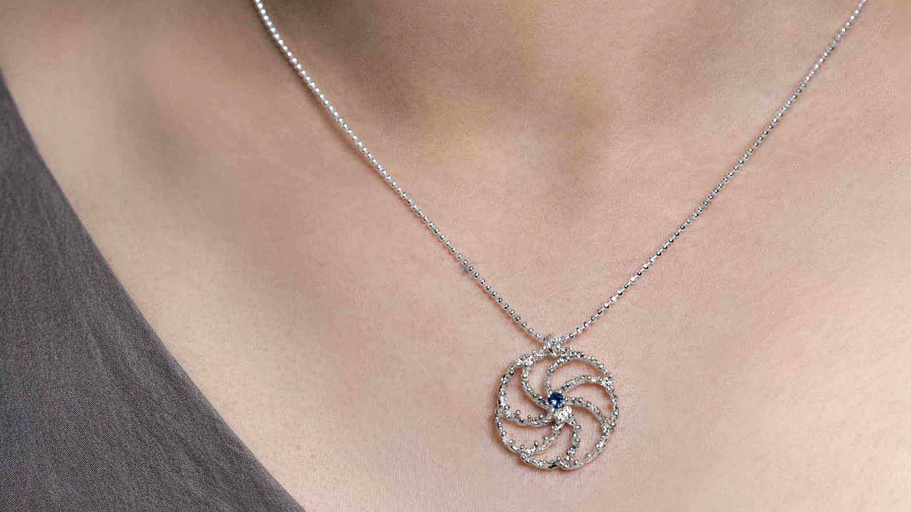 Asterias necklace by Aurum