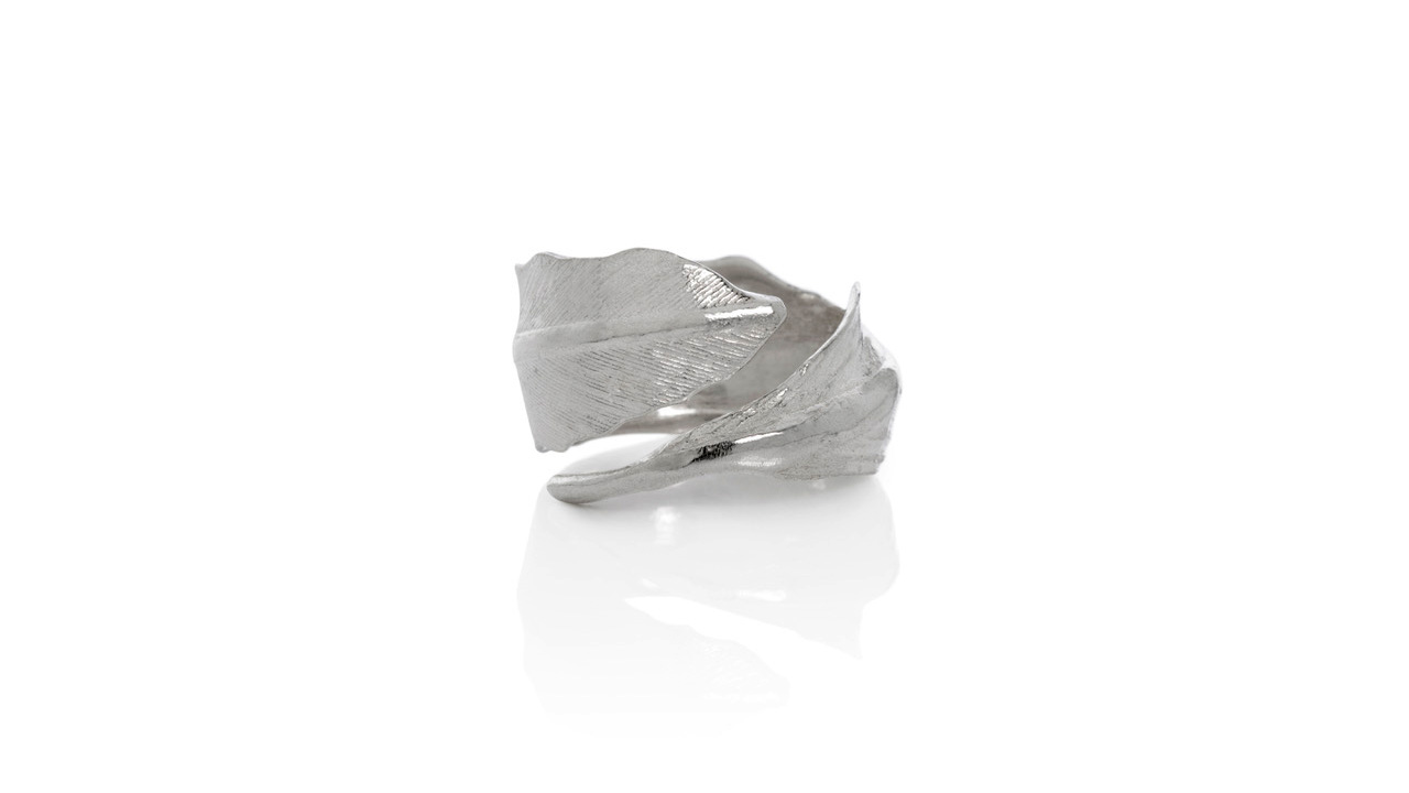 Falcon ring by Aurum