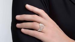 Asterias ring by Aurum
