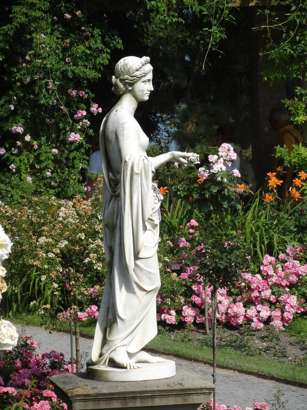 Estatua en los jardines de la isla Mainau en el Bondensee en Alemania, durante mi visita en el 2012