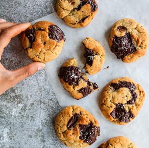 Vegan Olive Oil & Salted Chocolate Chip Cookies
