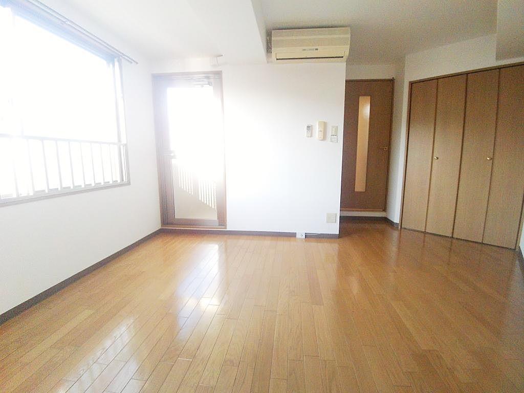 Hus室内3