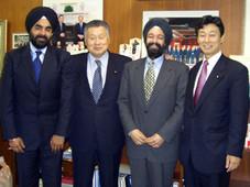 キランセティ 森前総理と会う Kiran Sethi meets Former Prime Minister of Japan Mr. Mori