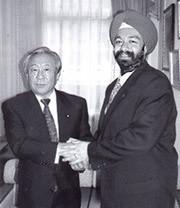 鴻池祥肇氏 (Mr. Yoshitada Kounoike) × キラン・S・セティ (Kiran S Sethi)