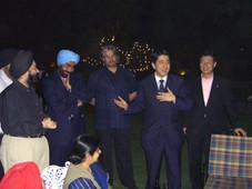 キラン・セティ、安倍晋三総理大臣(当時、幹事長代理)・インド経済界トップと懇談会