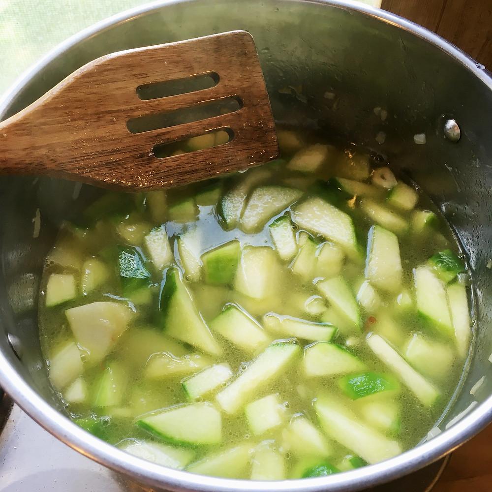 cukinovo zemiaková polievka