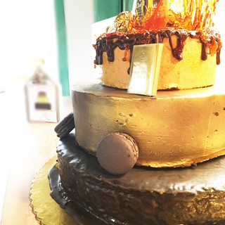 TROJPOSCHODOVÁ TORTA NA 40 narodeniny