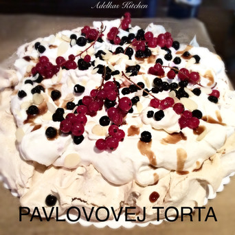 PAVLOVOVEJ (Pavlova) TORTA