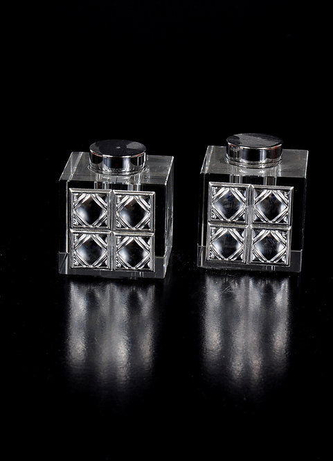 Crystal glass salt and pepper with silver plated
