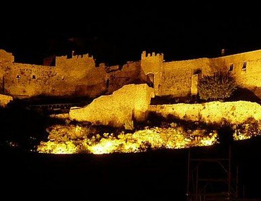 notte-castello-dell-arechi-salerno_01.jpg