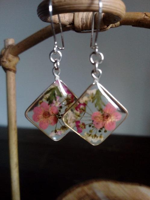 orecchini rombo, fiori alisso,biancospino rosato, monachella argento