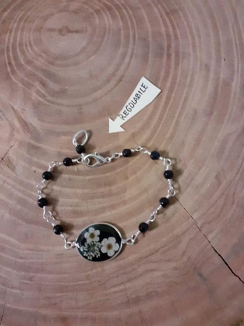 bracciale fondo nero, pietre:onice, fiori:biancospini, free nichel