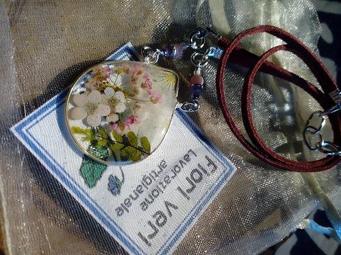 collana-girocollo,free nichel,fiori:petalo viola,alisso.biancospino