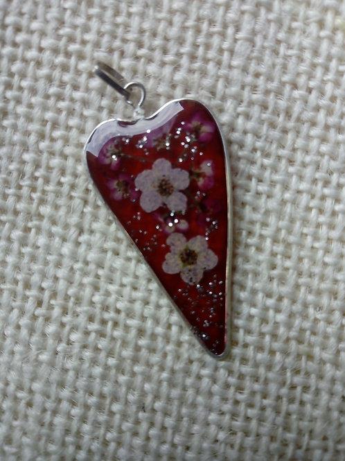ciondolo fondo rosso, freenichel,brillantini, fiori:biancospino rosato