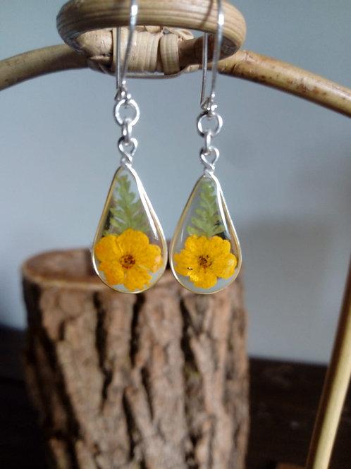 orecchini goccia,fiori:bianc.colorato, felce, monachella arg.925