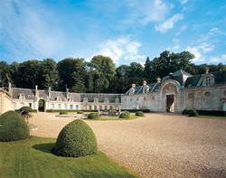 Chateau de Bizy renaissance