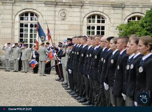 Remise du béret et baptême de la promotion Colonel Fesneau du lycée militaire d'Autun au château de