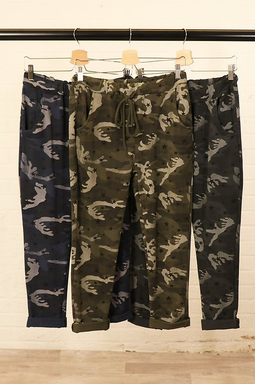 Camouflage Star Joggers