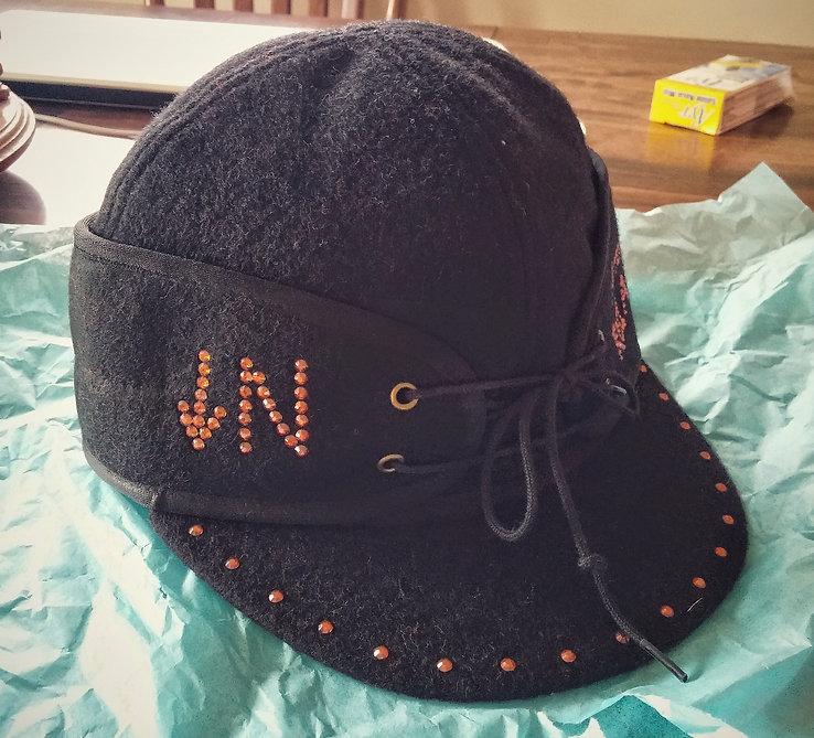 Arrow N Red Angus Crown Cap