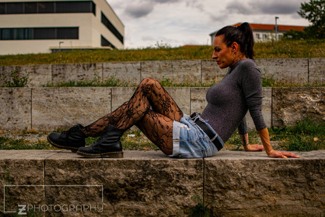 Model: Antonelle Somma