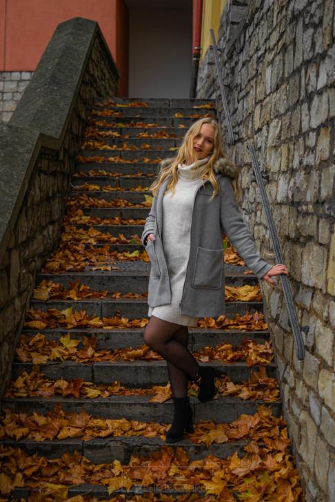 Model: Julia Roth
