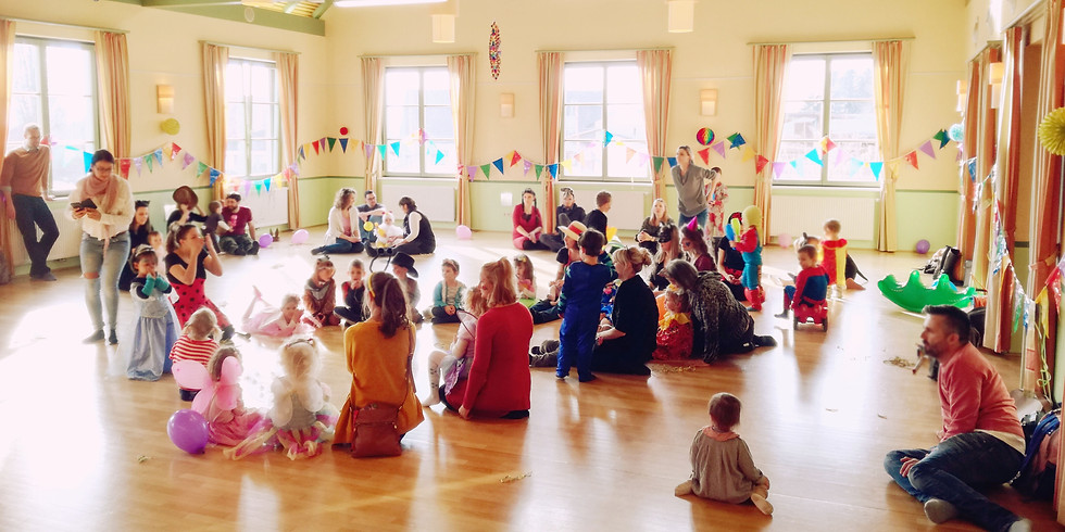 Begegnungsraum (Groß)Eltern-Kind-Treffen mit Faschingsfeier