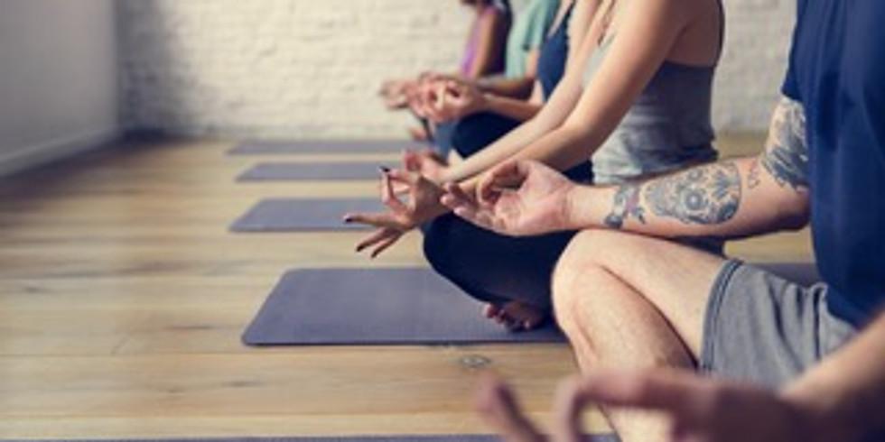 Kundalini Yoga im FamilienZelt