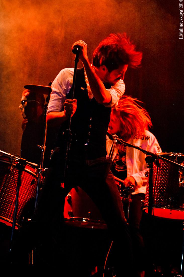 шоу барабанщиков Moscow HooK барабанное шоу