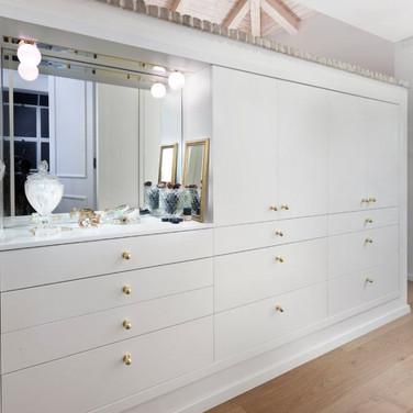 family-shim-cupboard-1500x750-1920w.jpg