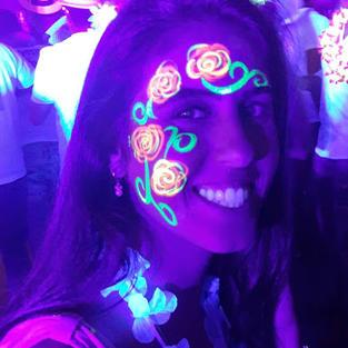 ציורי פנים אולטרה סגול – פרחים