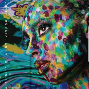 שער במגזין יופי- ציור גוף