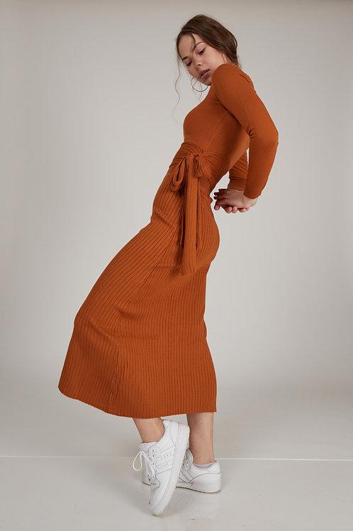 דגם Kim סט חליפה חולצה וחצאית
