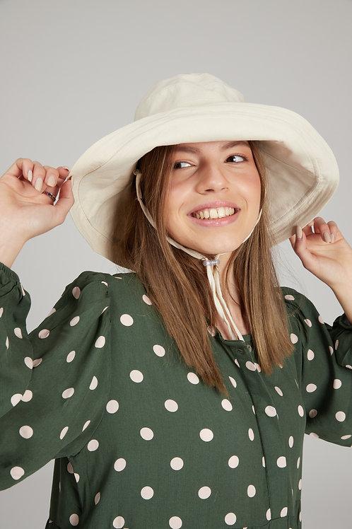 כובע בז' מבד גמיש