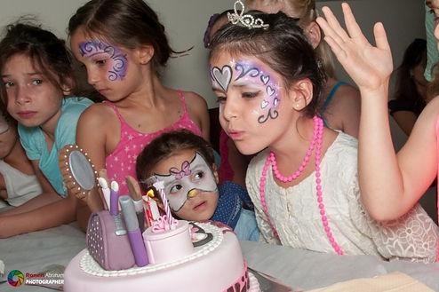 מסיבת בנות.jpg