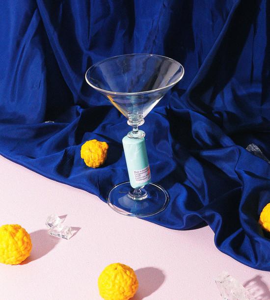 Colour bar goblet: R072 celadon