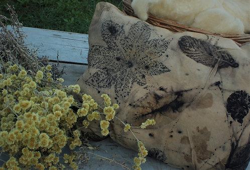 almofada forrada com lã agroecológica