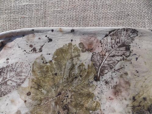 tecido de malha de algodão orgânico estampado naturalmente com plantas