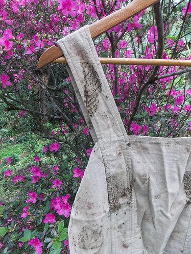 vestido garimpado em brechó com ecoprint
