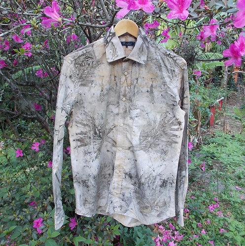 camisa garimpada em brechó