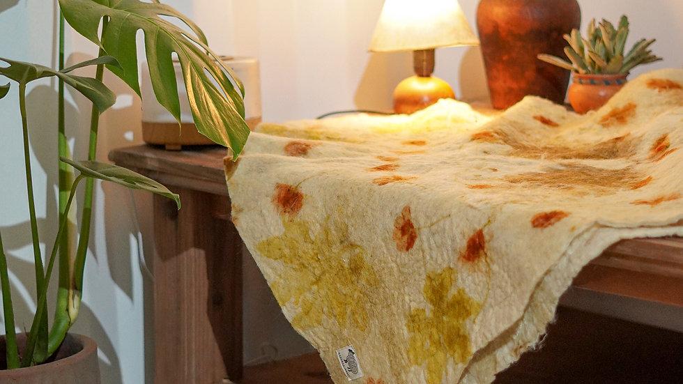 manta de lã ovina agroecológica - com ecoprint